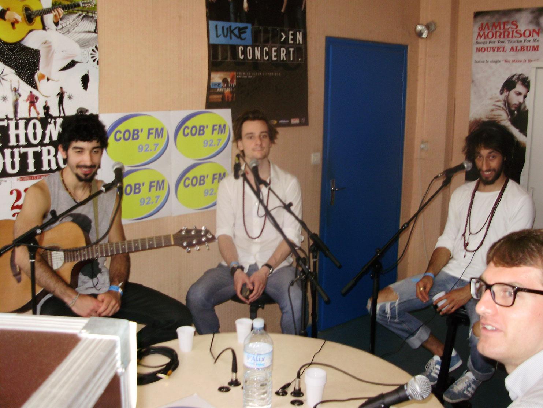 Namaste à COB'FM